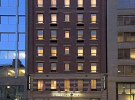 Hotel Victoria, hotel near Four Seasons Center for the Performing Arts, Toronto
