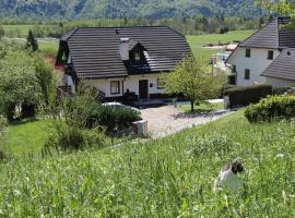 Apartments Tatjana, hotel blizu znamenitosti Kanin-Sella Nevea Ski Resort, Bovec