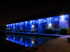 Peartree Lodge Waterside, hotel in Milton Keynes