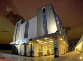 The Retreat, отель в Агре