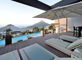 Sea Star Rocks Boutique Hotel, B&B in Cape Town