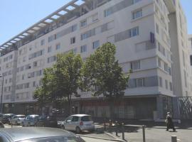 Montempô Apparthôtel Marseille Centre Euromed, hotel in Marseille