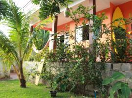 La Serena Hostel, hostel in Pipa