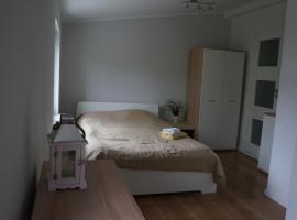 Apartamenty z klimatem, hotel near MSW Hospital i Poznań, Poznań