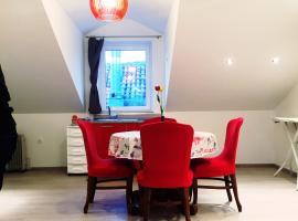Apartments Toni, hotel in Trogir