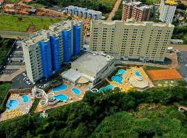 Golden Dolphin Grand Hotel via Hmaster, hotel in Caldas Novas