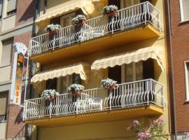 Hotel I 4 Assi, hotel in Viareggio