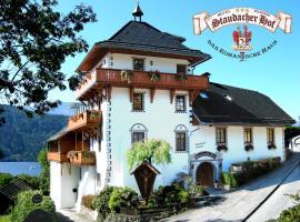 Staudacher Hof-Das Romantische Haus, Hotel in Millstatt am See