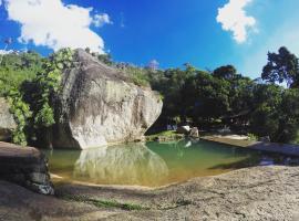 Pousada Paraiso, hotel with pools in Itaipava
