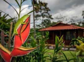 Hotel Rancho Cerro Azul, hotel cerca de Aguas termales de Kalambu, Fortuna