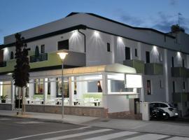 Hotel Orchidea, hotel in Lignano Sabbiadoro