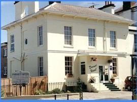 Dorset Hotel, Isle of Wight, vacation rental in Ryde