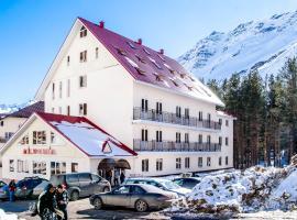 Alpina Hotel, hotel in Terskol