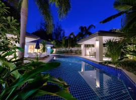 BAAN RIM TALAY - 2 Bedroom Beach Side Villa, hotel in Nathon