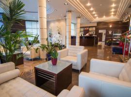 Hotel Blue Star, отель в Будве