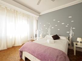 Monrooms Barcelona, hotel near Park Güell, Barcelona