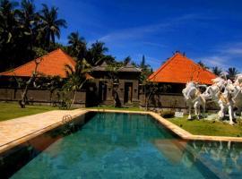 Puri Rai Hotel, hotel in Padangbai