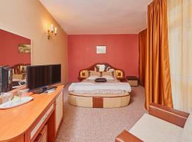 Хотел Пенека, хотел в Поморие