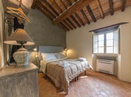 Casa Zeni, apartment in Cortona