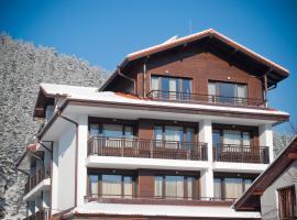 Family hotel Iskar, hotel in Govedartsi
