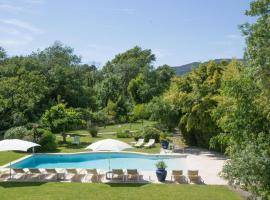 Hotel Le Verger Maelvi, hotel near Beauvallon Golf, Grimaud