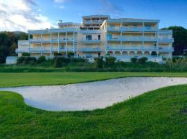 Riviera Home, hotel near Riviera Barbossi Golf Course, Mandelieu-la-Napoule