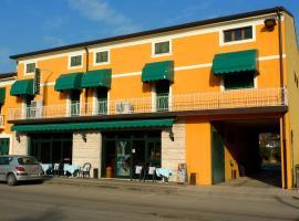 Albergo Simonati, hotel cerca de Castillo Scaligero di Villafranca, Povegliano Veronese