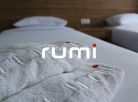 Hotel Rumi Semarang, hotel near Gombel Golf, Semarang