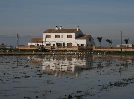 Masia Tinet, homestay in Deltebre