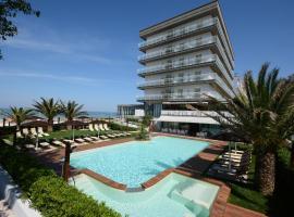 Hotel Spiaggia, hotel in Pesaro