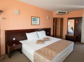 Hotel Divesta, hotel near Palace of Culture and Sports, Varna City