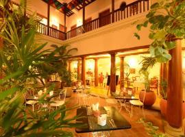 Maison Perumal - CGH Earth, hotel near Pondicherry Airport - PNY, Pondicherry