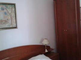 Apartment Delfina, hotel in Ist