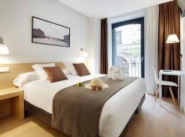 Los 10 Mejores Hostales Y Pensiones De San Sebastián España Booking Com