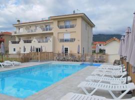 Hotel Bleu Azur, hotel near Collioure Royal Castle, Argelès-sur-Mer