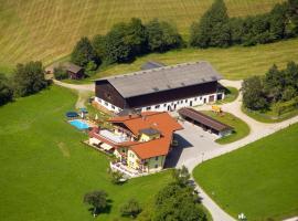 Landhotel Hinteraigengut, Hotel mit Pools in Flachau