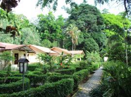 Ecolodge Bukit Lawang, chalet à Bukit Lawang