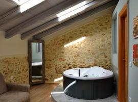 Elia Kentron, accommodation in Chania Town