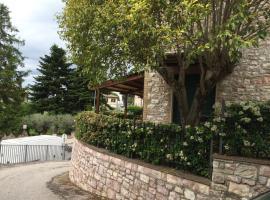 Casa Elena, apartment in Assisi