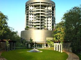 Taj Wellington Mews, luxury hotel in Mumbai
