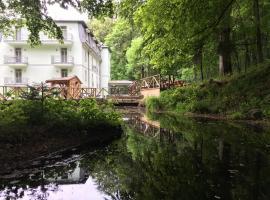 Parkhotel Forest, hotel in Mariánské Lázně