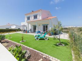 Arrifana Retreat, hotel near Canal Beach Surf Spot, Aljezur