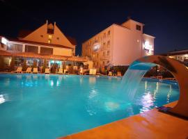 27 Жемчужин , отель в Железном Порту