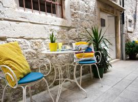 Tragos Lemon Tree, room in Trogir