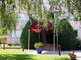 Hotel Le Jura, hotel near Domaine de Divonne Casino, Divonne-les-Bains