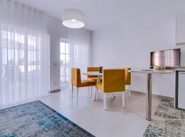 Apartamentos Sol & Ria, hotel near Culatra Island, Olhão