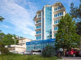 Отель Бригантина, отель в Геленджике
