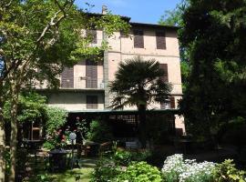 Hotel Moderno, отель в Сиене
