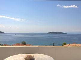 "Azalea View - ""Amaranthos"" Skiathos studios, apartment in Megali Ammos"