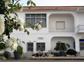 Residencial Espadinha, hotel in Quarteira